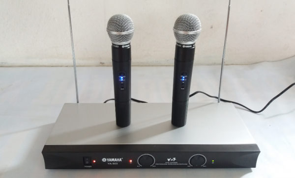 micro-karaoke-khong-day-yamaha-ya-503-1m4G3-afL7GZ_simg_d0daf0_800x1200_max.png